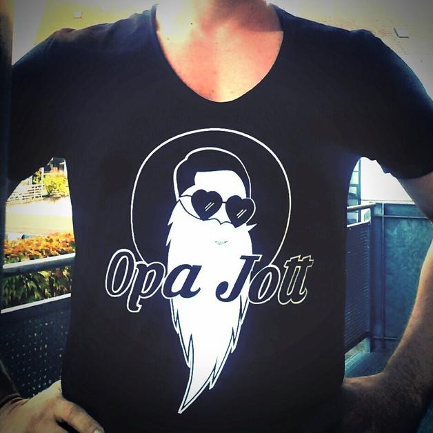 opa-jott-shirt